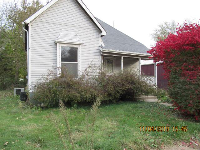 403 N Gray St, Sidell, 61876, IL - Photo 1 of 8