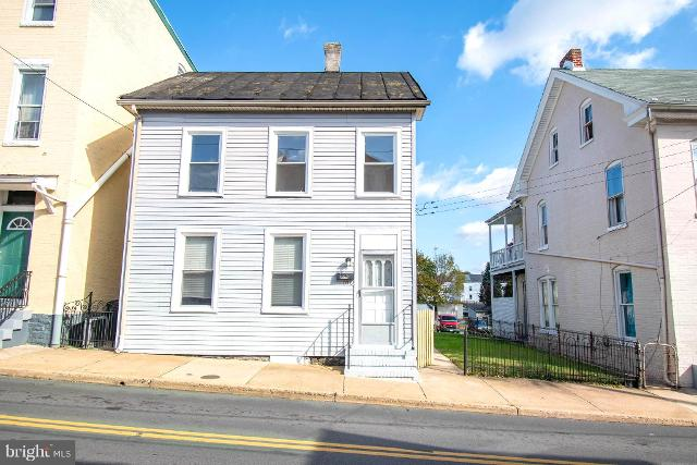 106 East, Hagerstown, 21740, MD - Photo 1 of 17