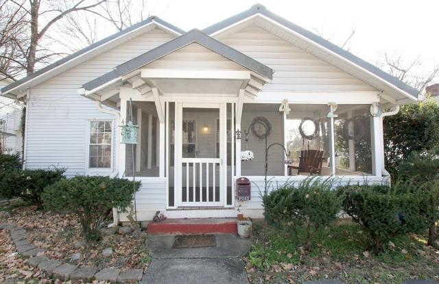 420 Burton St E, Murfreesboro, 37130, TN - Photo 1 of 20