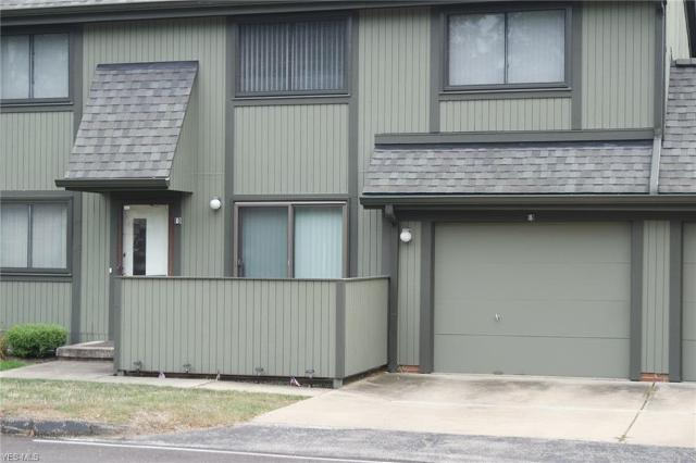 35058 Turtle Unit23B, Willoughby, 44094, OH - Photo 1 of 15