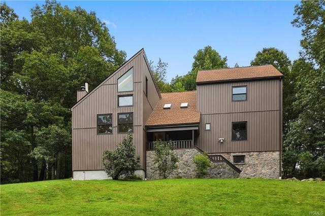 2048 Quaker Ridge, Croton-on-hudson, 10520, NY - Photo 1 of 29