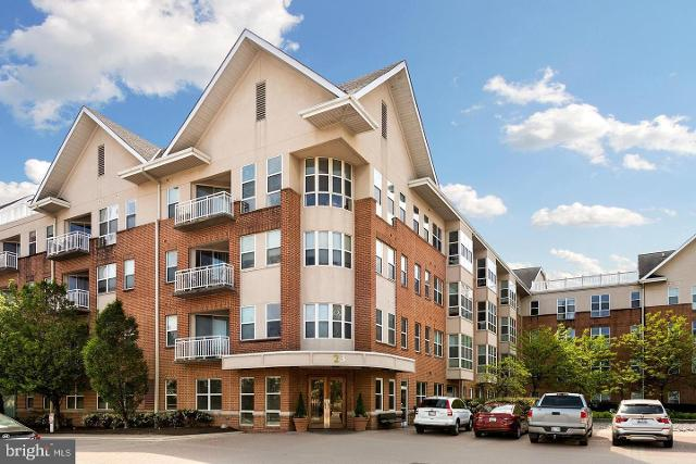 23 Pierside Dr Unit111, Baltimore, 21230, MD - Photo 1 of 14