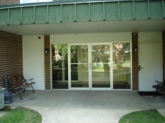 5S040 Pebblewood UnitW203, Naperville, 60563, IL - Photo 1 of 14
