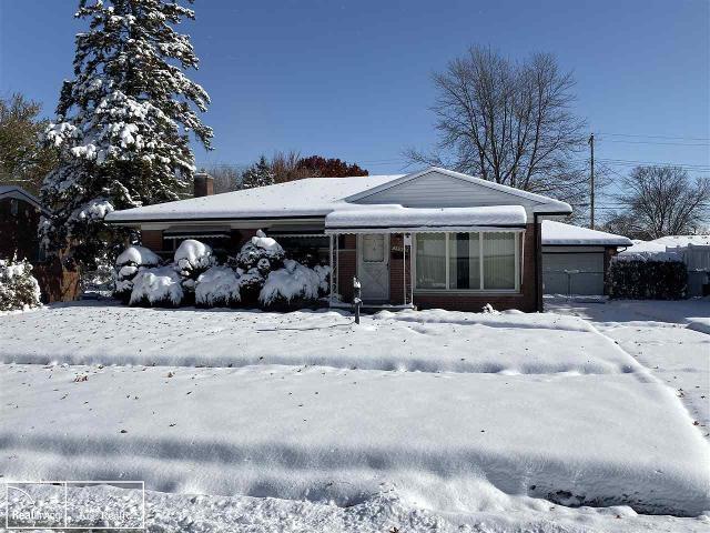 35942 Sherborne Dr, Clinton Township, 48035, MI - Photo 1 of 23