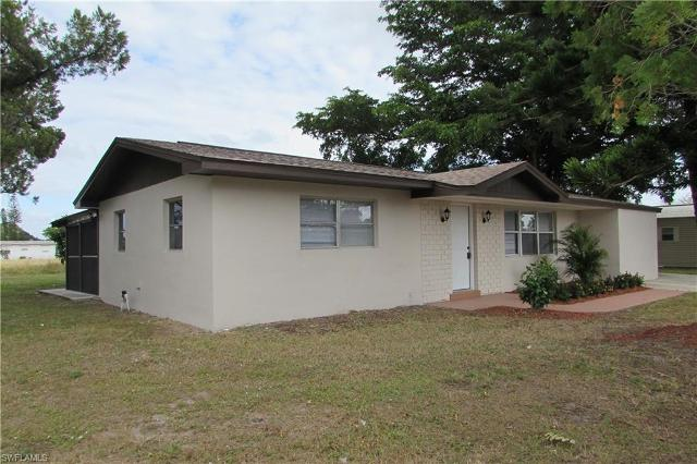 1102 Gifford Ave S, Lehigh Acres, 33936, FL - Photo 1 of 16