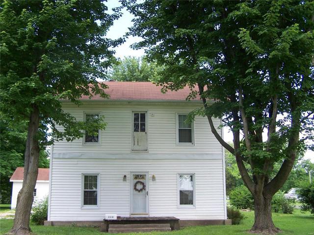 306 Walnut St., Kane, 62054, IL - Photo 1 of 26