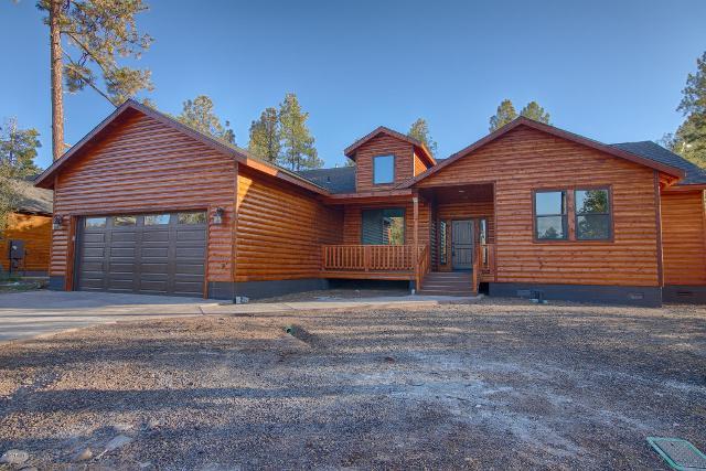 615 Redwood Ln, Pinetop, 85935, AZ - Photo 1 of 23