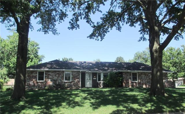 2300 Meadowlark Dr, Harrisonville, 64701, MO - Photo 1 of 23