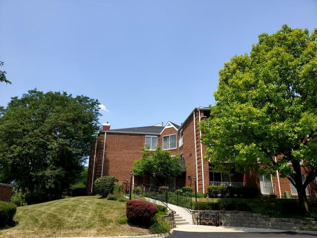 805 Leicester Unit302, Elk Grove Village, 60007, IL - Photo 1 of 16