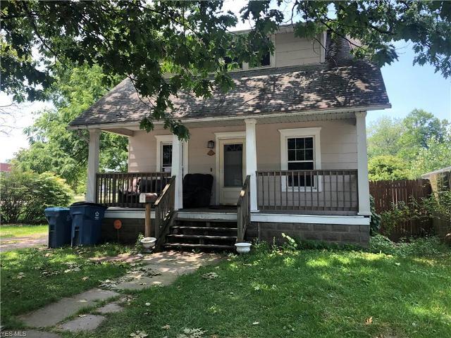 452 Iowa Ave, Lorain, 44052, OH - Photo 1 of 11