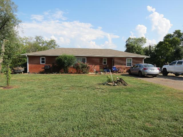 223 Maryville, Seymour, 37865, TN - Photo 1 of 18