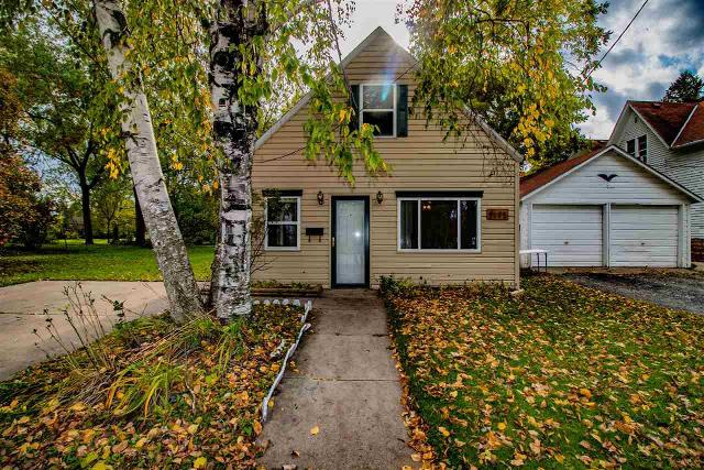 1472 Chicago, Green Bay, 54301, WI - Photo 1 of 30