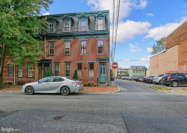 910 Green, Harrisburg, 17102, PA - Photo 1 of 37