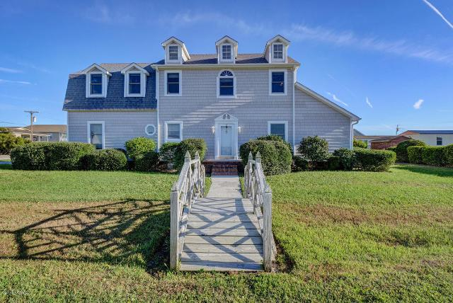 4011 4th St, Surf City, 28445, NC - Photo 1 of 21