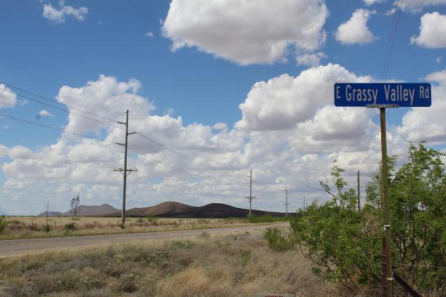 TBD E Grassy Valley Rd, Pearce, 85625, AZ - Photo 1 of 15