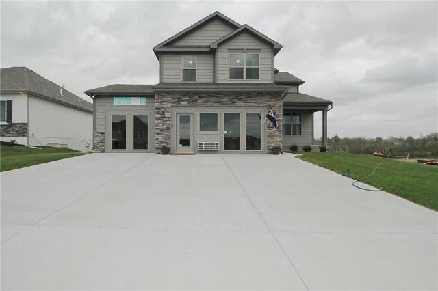 1300 NW Lindenwood Dr, Grain Valley, 64029, MO - Photo 1 of 26