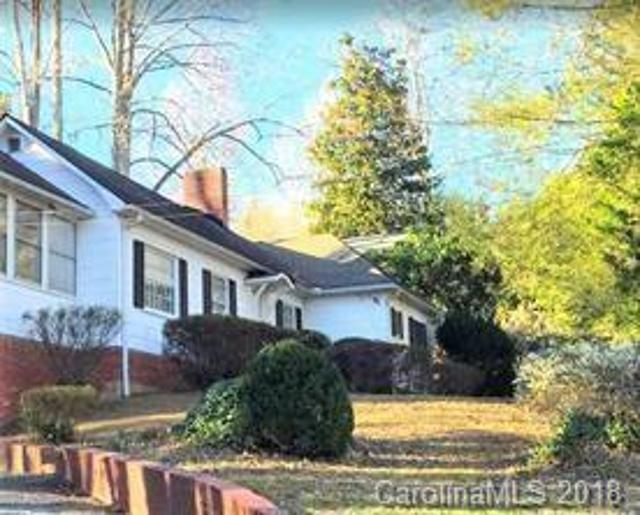 250 Chestnut St, Tryon, 28782, NC - Photo 1 of 9