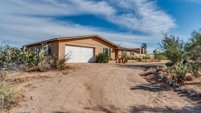 5332 E Seven Palms Dr, Cave Creek, 85331, AZ - Photo 1 of 33