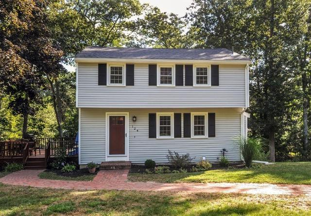 124 Old Town, Hanover, 02339, MA - Photo 1 of 24