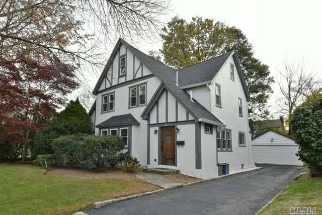 36 Maple Dr, Great Neck, 11021, NY - Photo 1 of 20