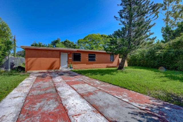 12605 NW Miami Ct, North Miami, 33168, FL - Photo 1 of 17