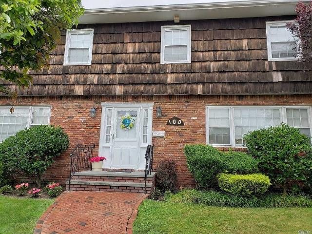 100 Kings Ave, Atlantic Beach, 11509, NY - Photo 1 of 20