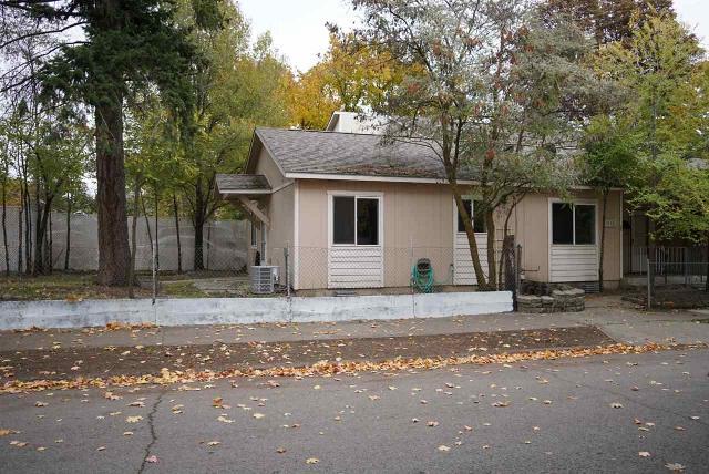 1010 Cochran UnitA, Spokane, 99201, WA - Photo 1 of 11