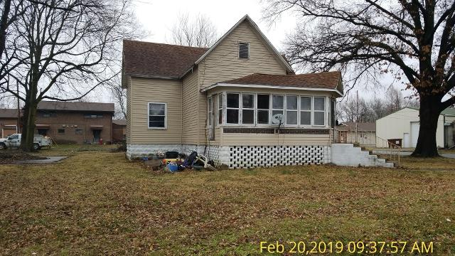 302 North, Du Quoin, 62832, IL - Photo 1 of 18