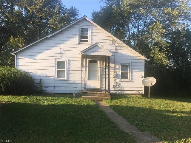 1069 Benton, Barberton, 44203, OH - Photo 1 of 7