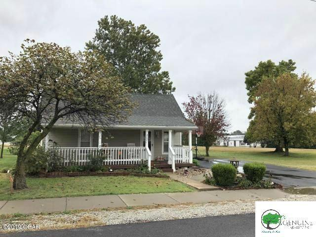 207 N Roney St, Carl Junction, 64834, MO - Photo 1 of 18