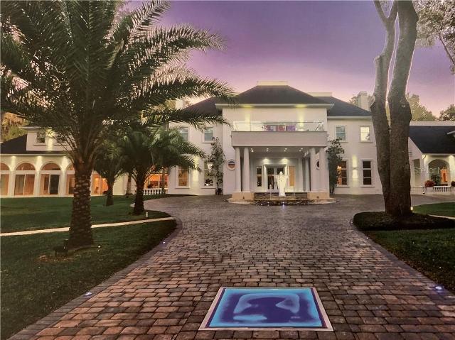 901 Palacio De Avila, Tampa, 33613, FL - Photo 1 of 48