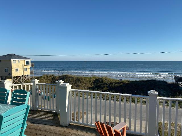 213 Topsail Rd, North Topsail Beach, 28460, NC - Photo 1 of 7