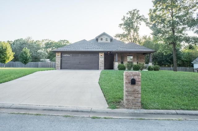 421 Ruby, Carl Junction, 64834, MO - Photo 1 of 33