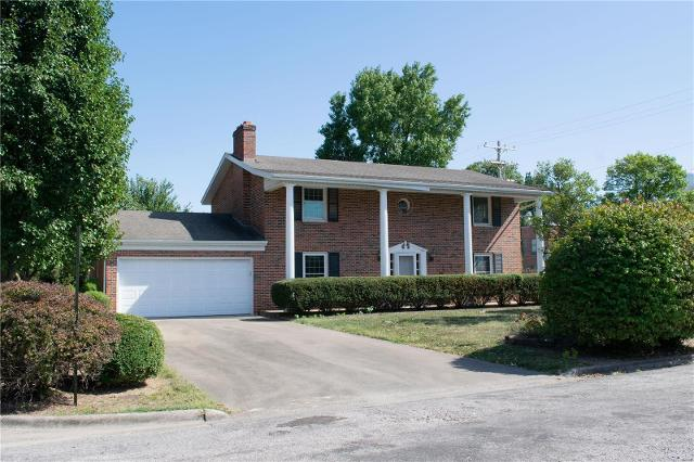 800 Meadow Dr, Red Bud, 62278, IL - Photo 1 of 70
