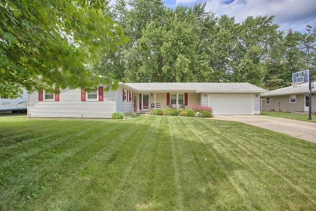 702 Crestview, Monticello, 61856, IL - Photo 1 of 28