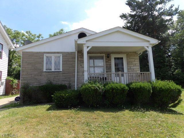 571 Avondale, Youngstown, 44502, OH - Photo 1 of 6