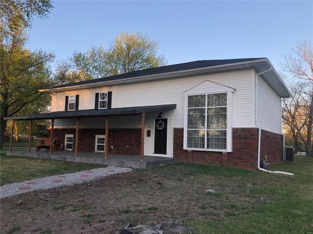 152 Arlington Dr, Granite City, 62040, IL - Photo 1 of 36