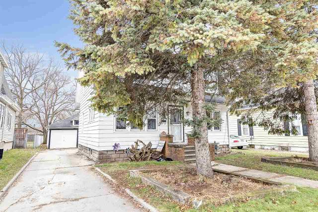 1524 Elm St, Green Bay, 54302, WI - Photo 1 of 18