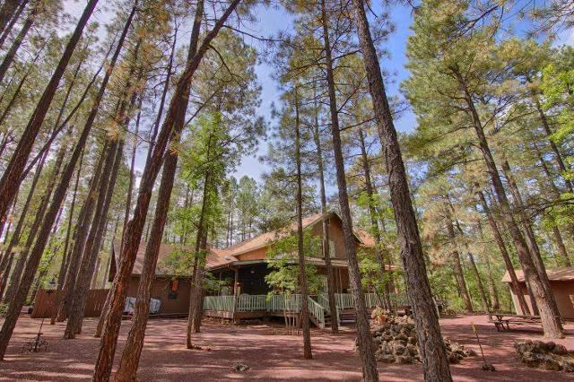 6354 Country Club Dr, Pinetop, 85935, AZ - Photo 1 of 34