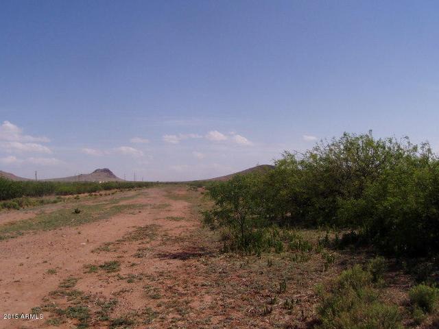 20AC. E Doe Ranch Rd, Pearce, 85625, AZ - Photo 1 of 9
