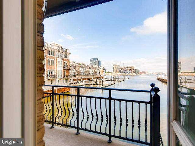 1031 Pier Pointe Unit111, Baltimore, 21230, MD - Photo 1 of 28