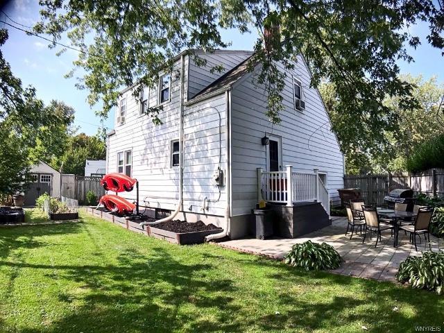 21 Campwood, Cheektowaga, 14215, NY - Photo 1 of 13