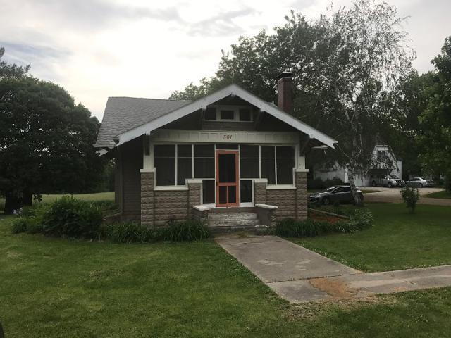 301 S Jefferson St, Armington, 61721, IL - Photo 1 of 26
