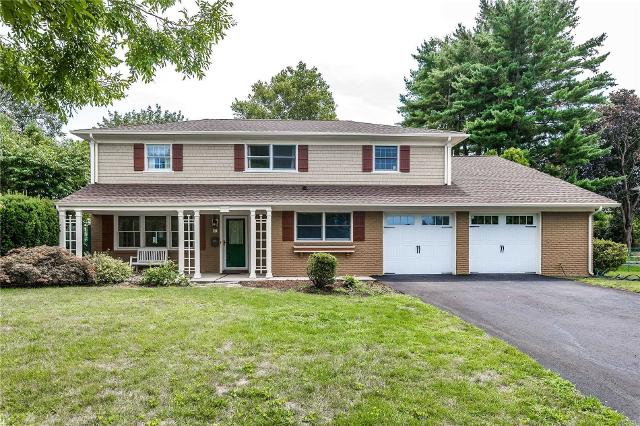 17 Marshmallow, Commack, 11725, NY - Photo 1 of 20