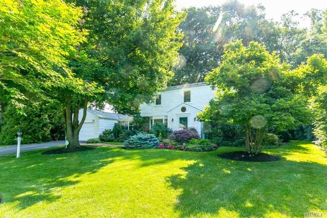 26 Polo Field, Great Neck, 11020, NY - Photo 1 of 19