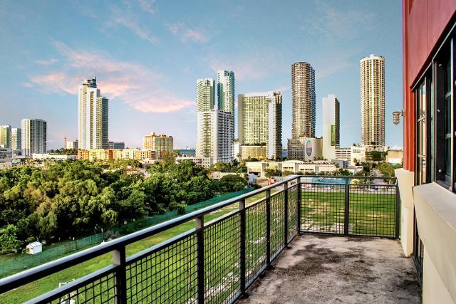 1749 NE Miami Ct Unit 606, Miami, 33132, FL - Photo 1 of 23
