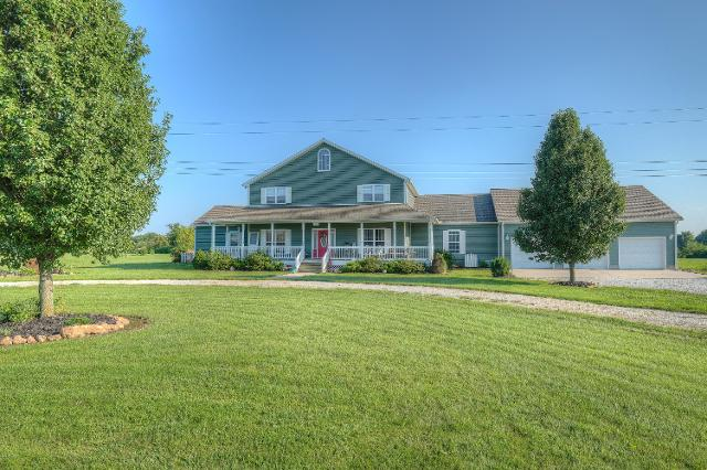 10666 Farm Ln, Carthage, 64836, MO - Photo 1 of 56