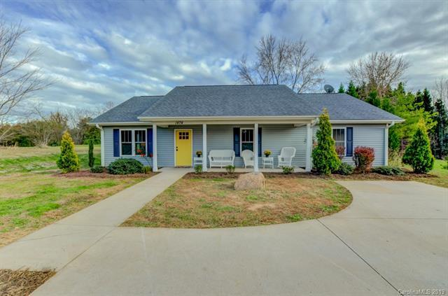 1474 Old Spartanburg Rd, Hendersonville, 28792, NC - Photo 1 of 39