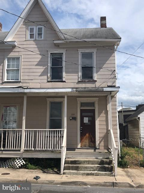 228 Mulberry, Hagerstown, 21740, MD - Photo 1 of 10