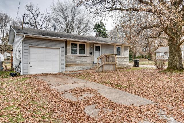 2042 N Marion Ave, Springfield, 65803, MO - Photo 1 of 24